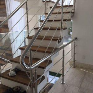 escada com corrimão de inox no rio de janeiro