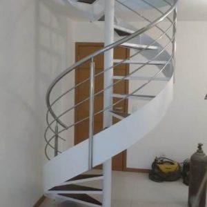 escada caracol de inox